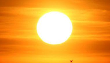 Güneş'in Cildinize Sivilceye Neden Olmaması için Öneriler