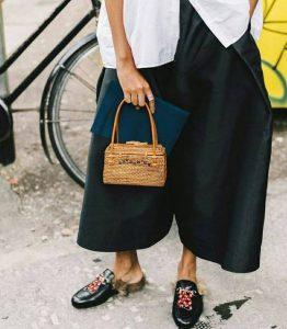 ayakkabı ve çanta kombinleme
