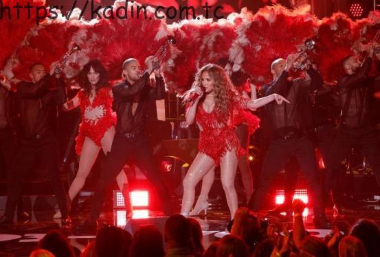 Jennifer Lopez Cengiz Abazoğlu'nu Tercih Etti!