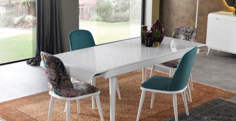 Evinizde Yemek Masası Seçimi Nasıl Olmalı?